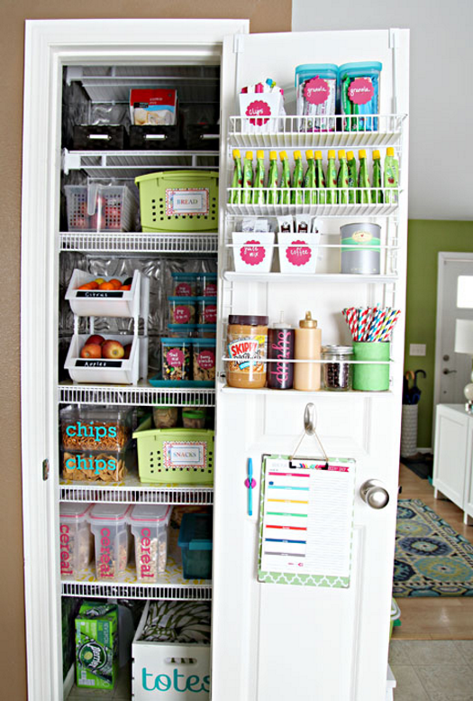 16 pantry organization ideas that your kitchen will love for Kitchen organization ideas