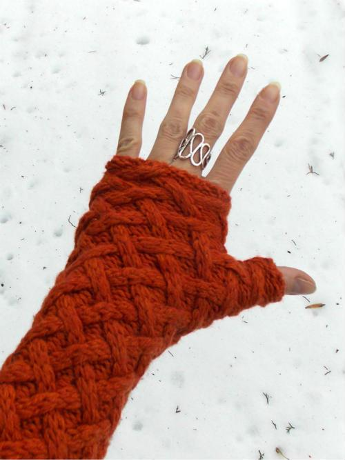sweater fingerless gloves