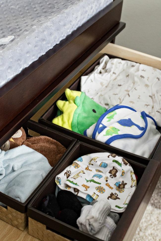 organize baby clothes 8