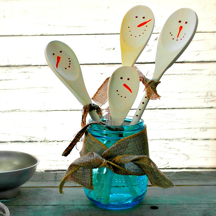 These snowman wooden spoons make a cute and frugal diy gift idea!