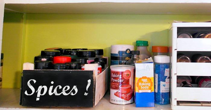 DIY Spice Organizer