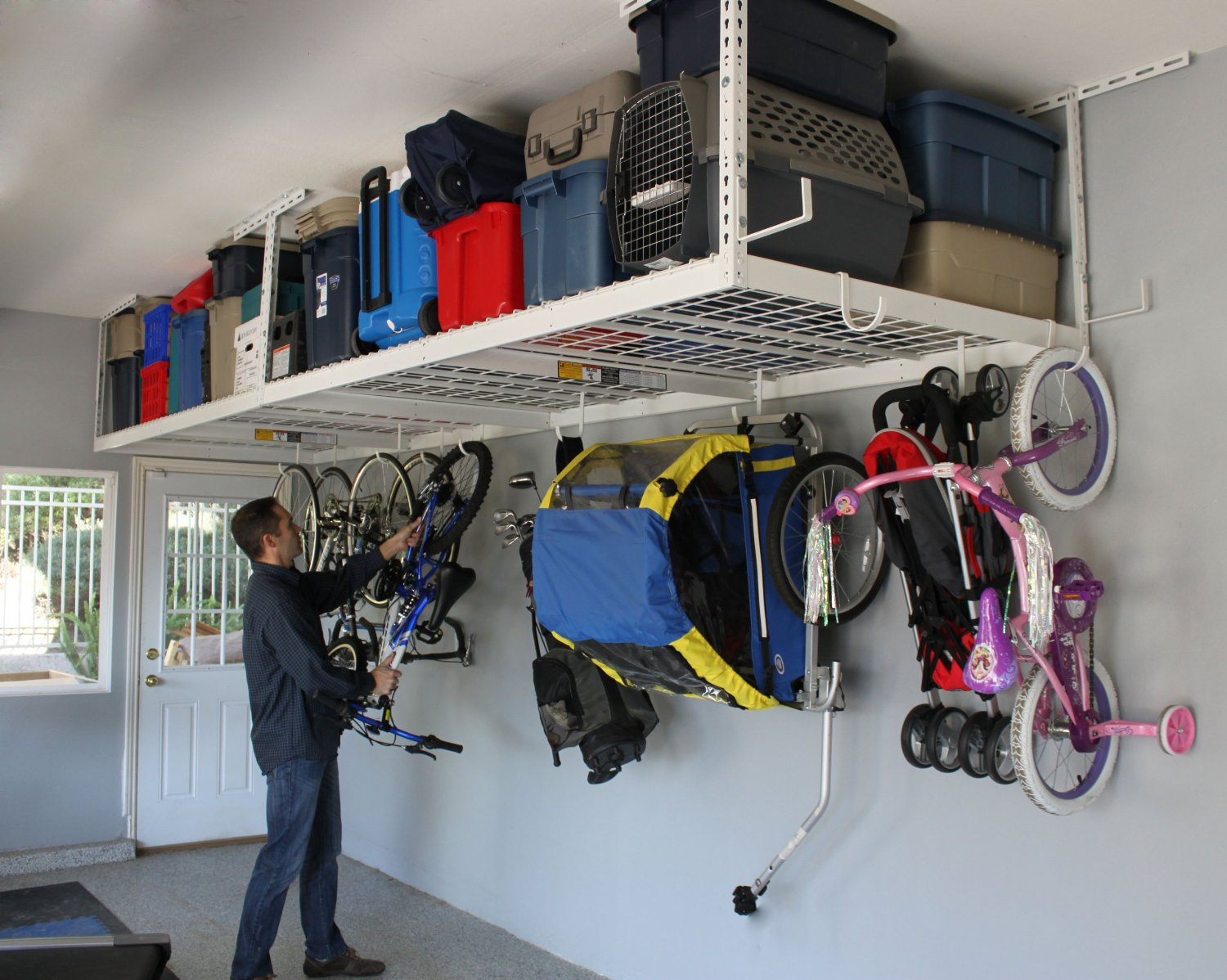 Must have products to save space and get rid of clutter!! Get the garage organized with these tips