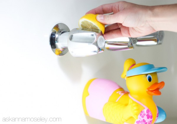 bathroom cleaning tips 10