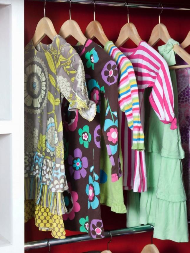 clothes storage 14