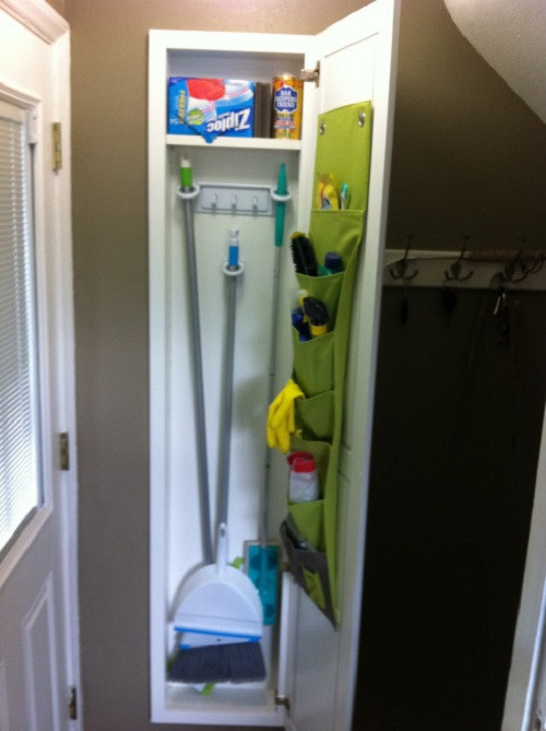 Stud Cabinet