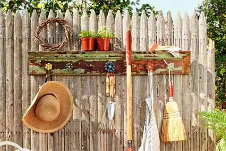 organize garden tools 10