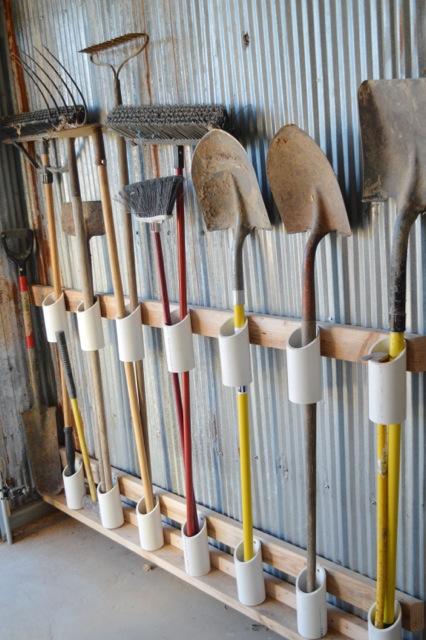 organize garden tools 4