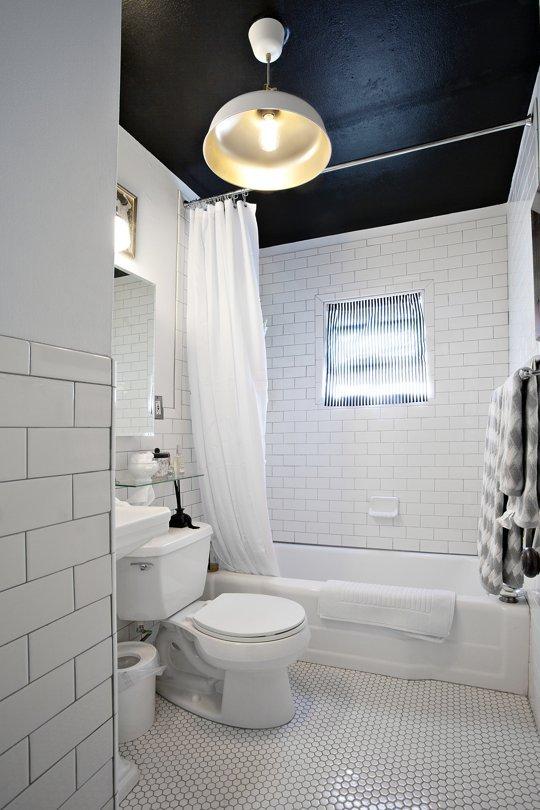 15 brilliant shower tricks every girl should know for Shower tub liner