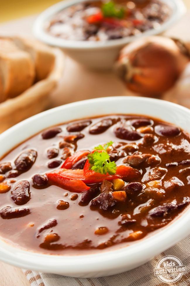 buffalo-chili-recipe-Kids-Activities-Blog
