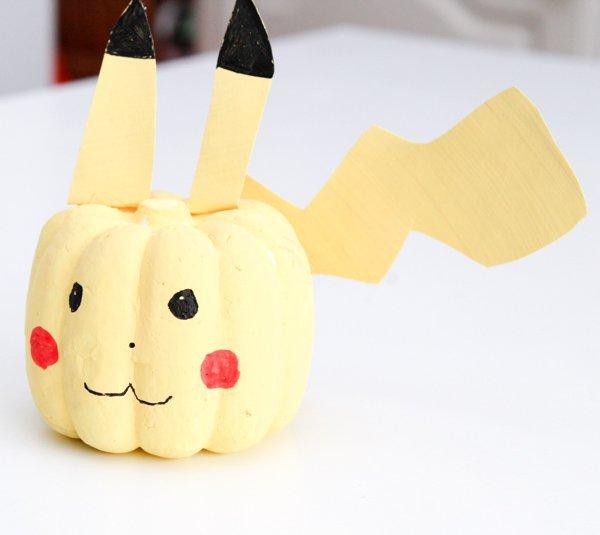 pikachu pumpkin decoration