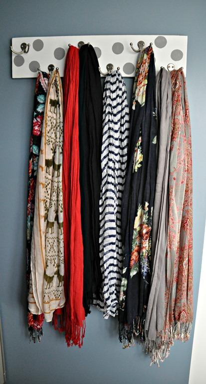 diy-scarf-hanger