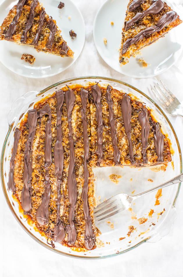 Samoas Cookie Pie | Averie Cooks