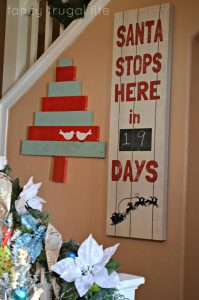 Santa stop here pallet sign