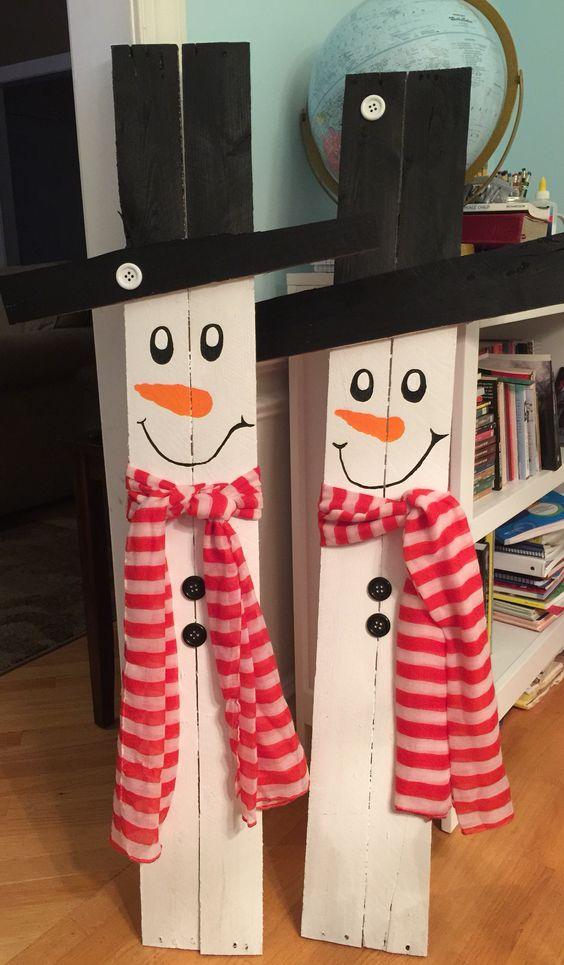 Outdoor Christmas Garland Decorating Ideas