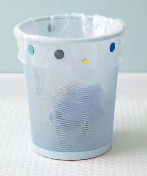 magnet-to-hold-trash-bag-in-place