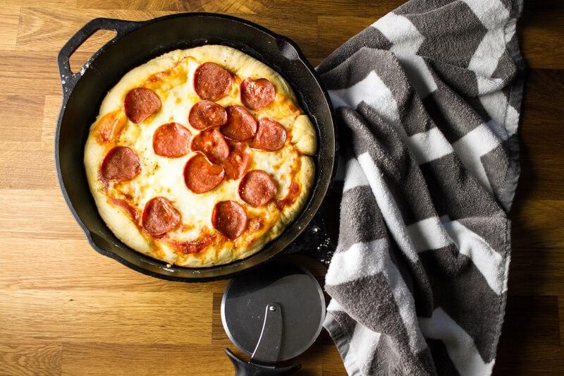 pizza-skillet