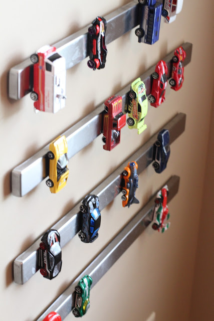 store-toy-cars