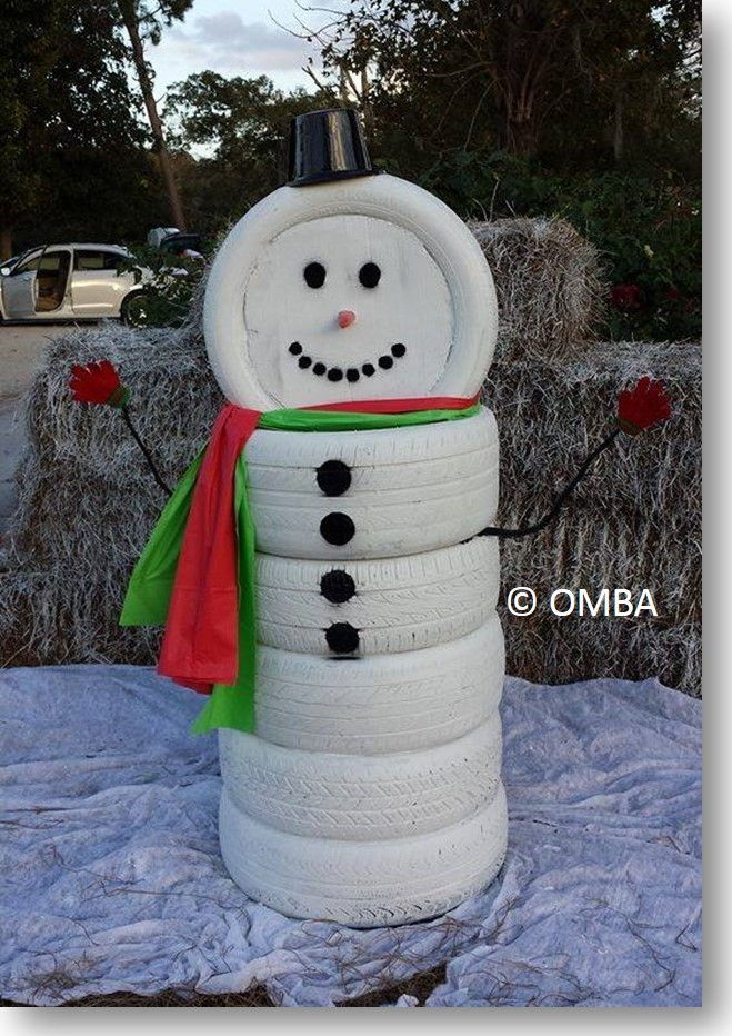 18 magical christmas yard decorations ForSnowmen Made From Tires