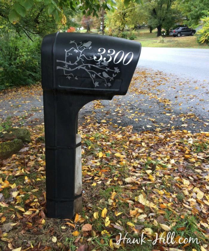 vinyl-mailbox-makeover