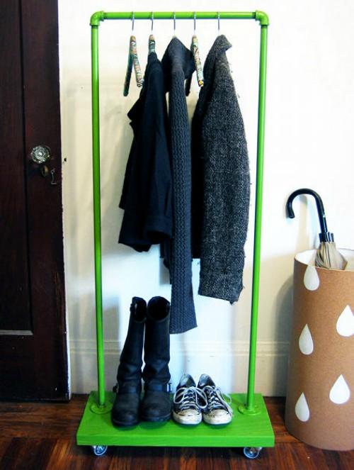 rolling coat rack