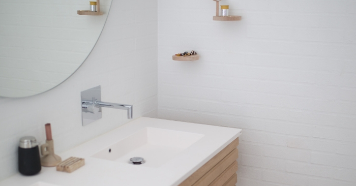 9 Brilliant Bathroom Organizing Ideas to Declutter