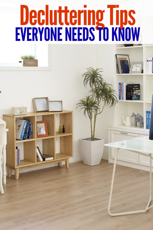 If you struggle with decluttering because you get overwhelmed easily, you might benefit greatly from these decluttering tips in this post. #DECLUTTERINGTIPS #onecrazyhouse #organize #home