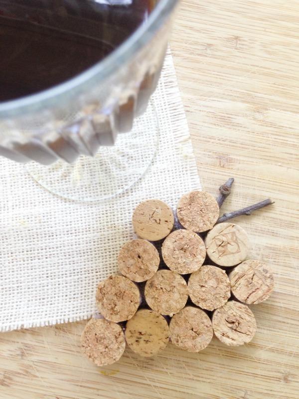 Wine Cork Crafts - Wine Cork Coasters- The Homespun Hygrandgea