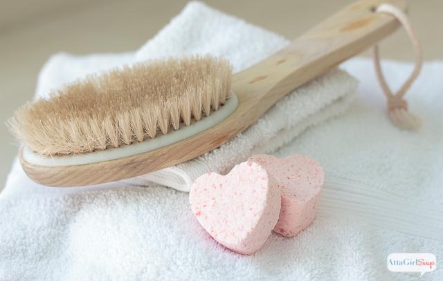 DIY Fizzy Bath Bombs - Heart Shaped Bath Bombs- Atta Girl Says