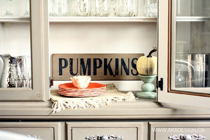Pumpkins Sign