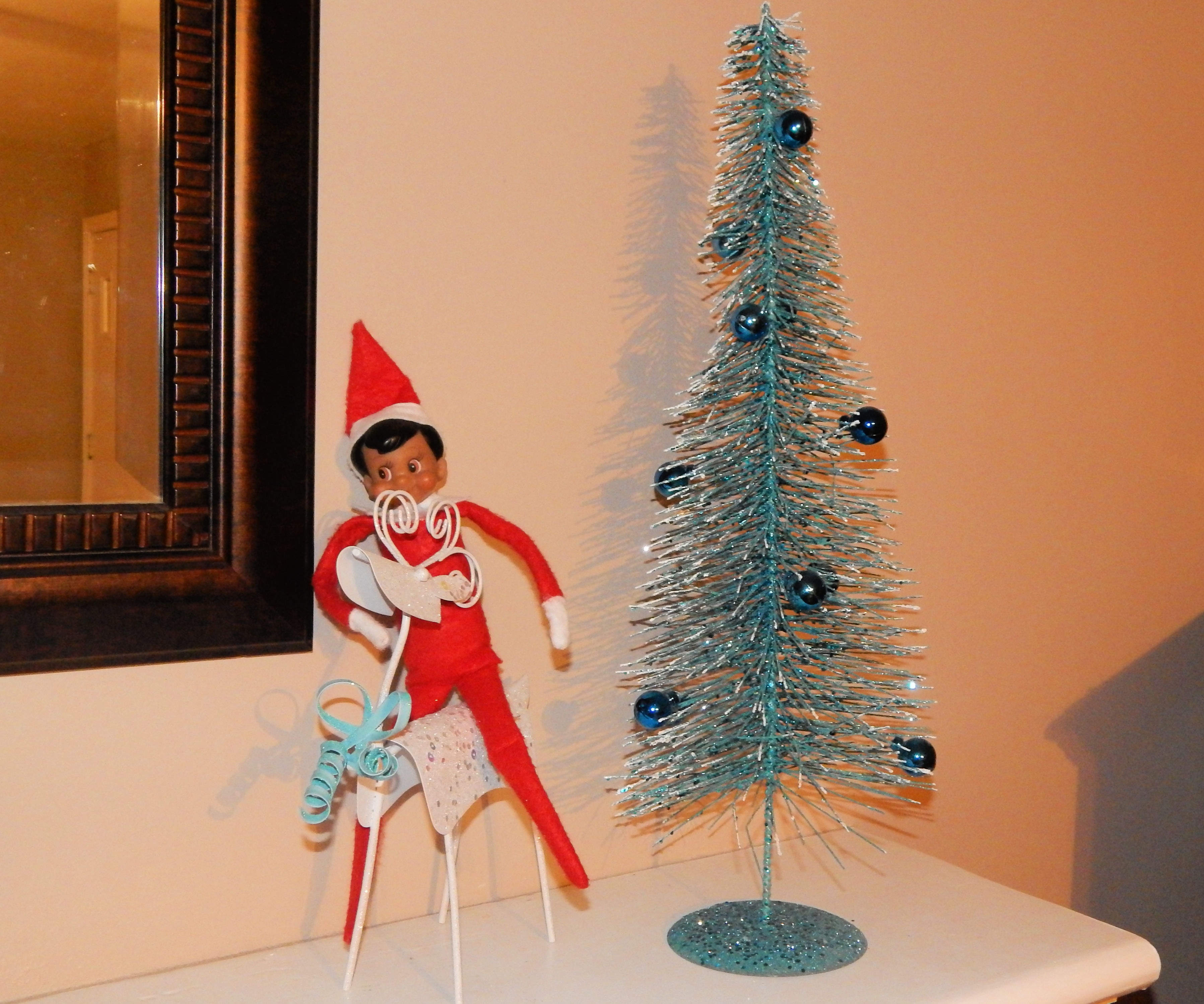 Elf On The Shelf Easy Decorations