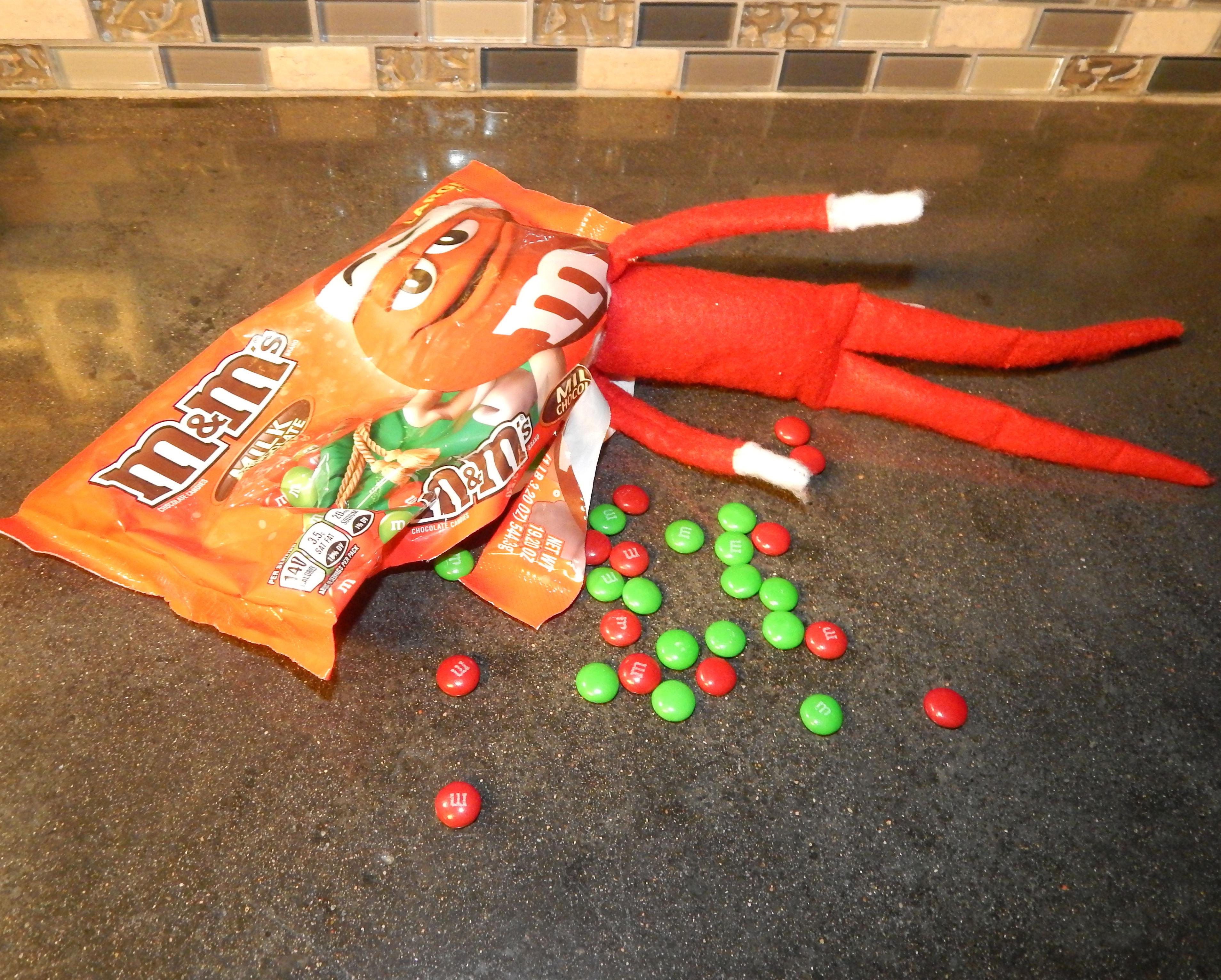 Elf On The Shelf Ideas That Use Food