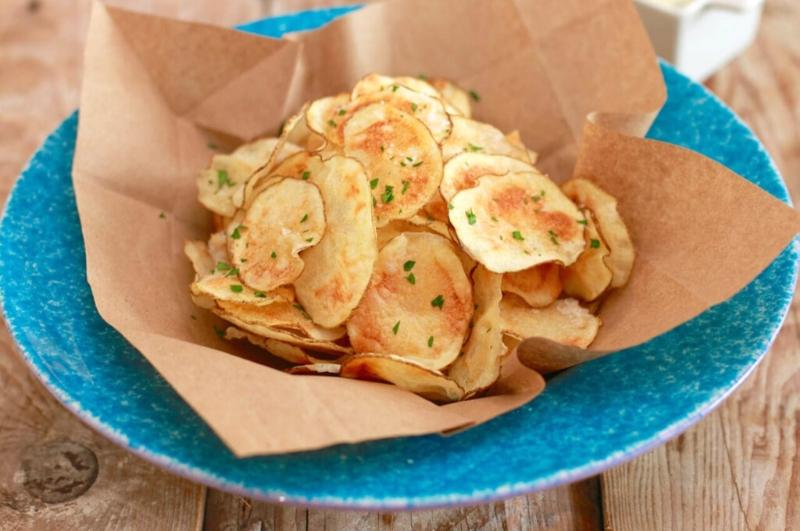 homemade microwave chips