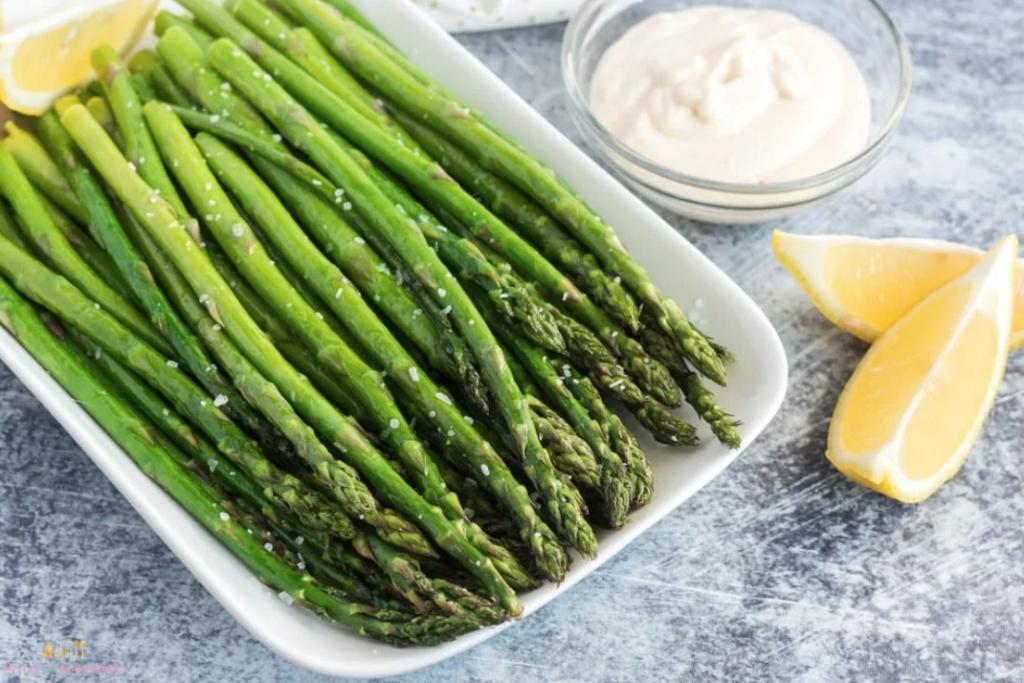 Air-fried-asparagus with lemons and dip