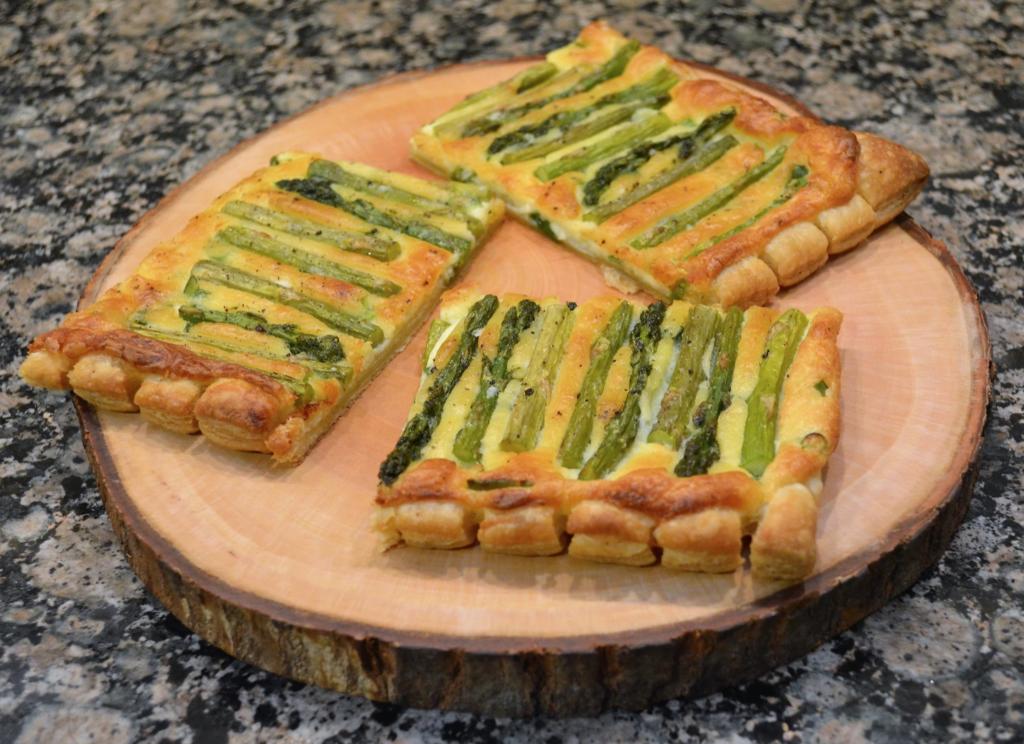 lemon asparagus tart in a set of 3