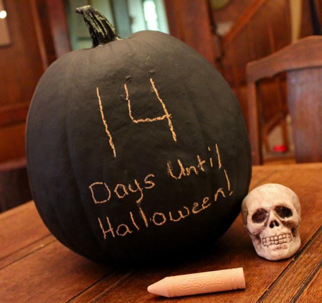 chalkboard countdown pumpkin idea
