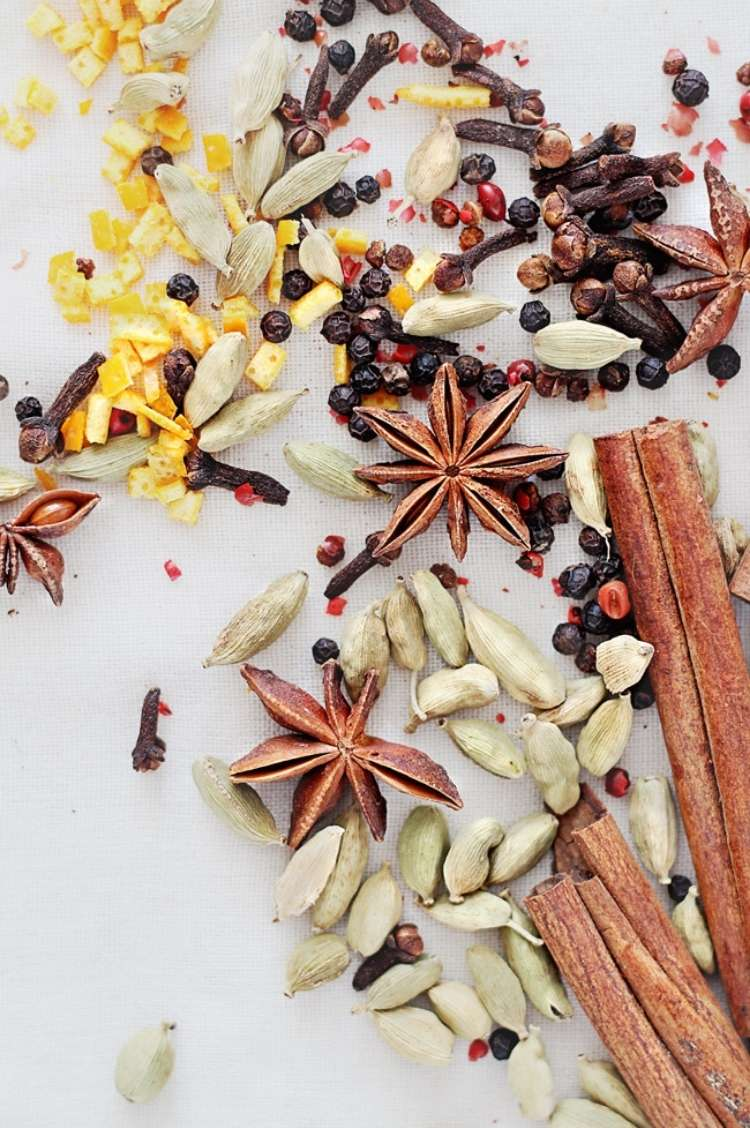 diy fall scented mulling spices for your home