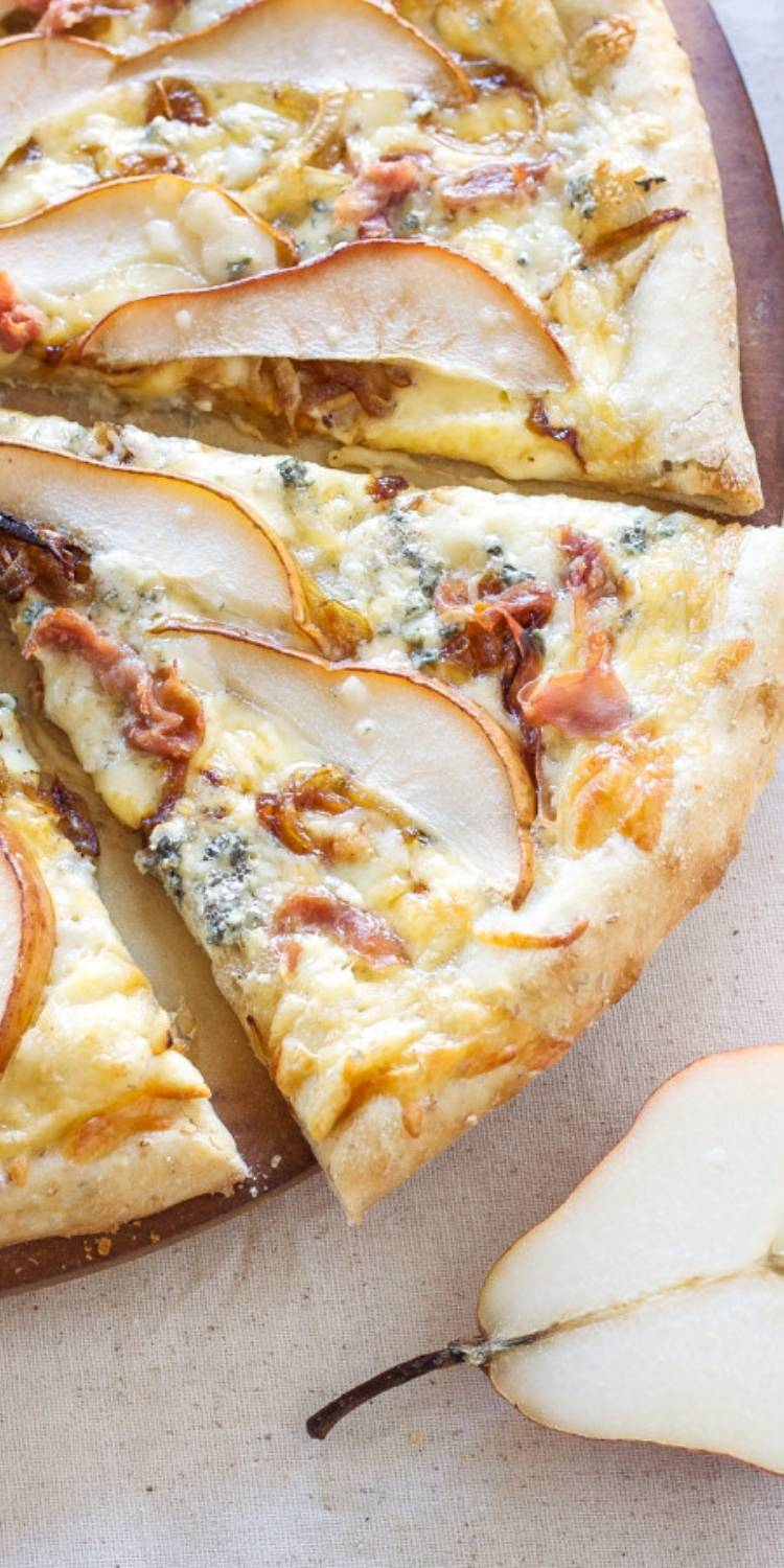 Yummy & Delicious Pizza Toppings, Pear and gorgonzola gourmet pizza bread. Pizza topping ideas.