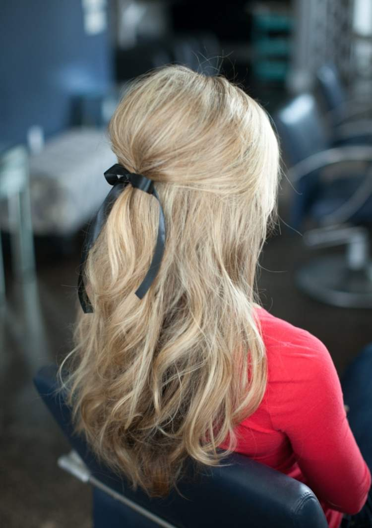 Simple Half-up Hairstyle Ponytail with bow