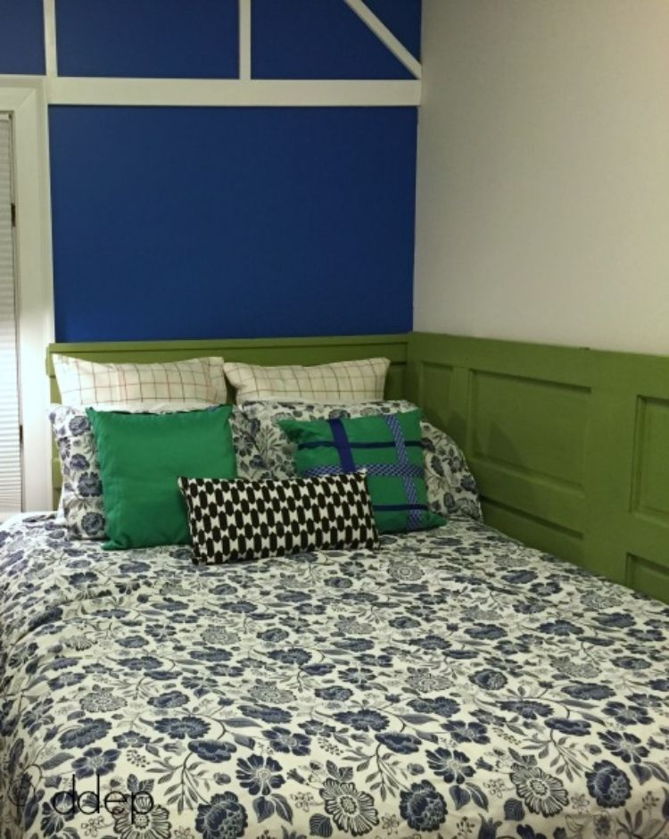 daybed from old doors