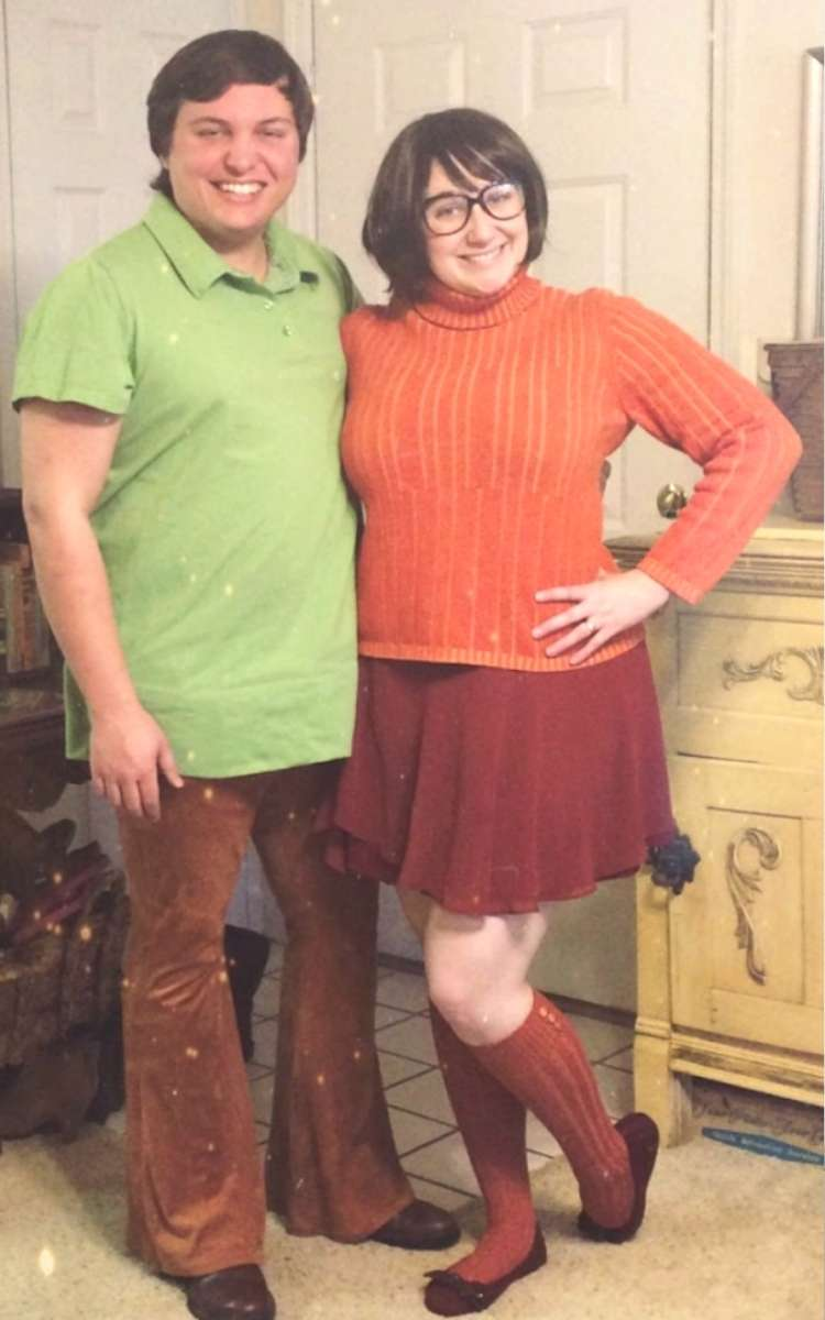 Easy couples costume Shaggy and Velma