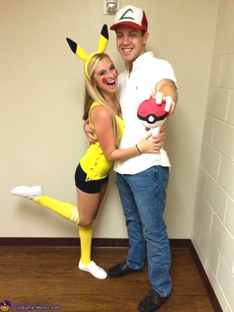 Easy couples costumes, pikachu