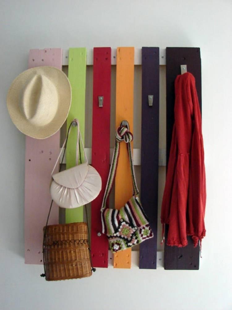 DIY Pallet Ideas coat rack