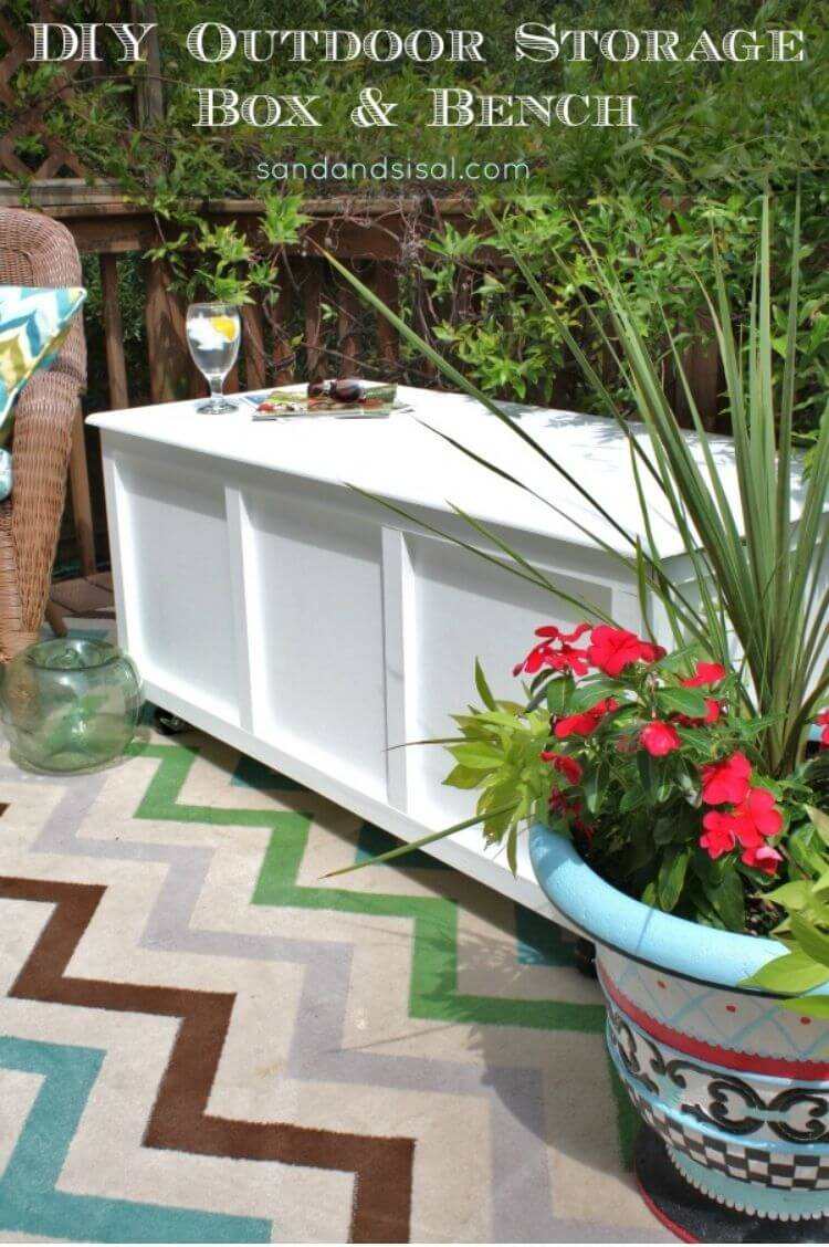 DIY wooden storage box that can be used as a bench and side table - patio diy ideas