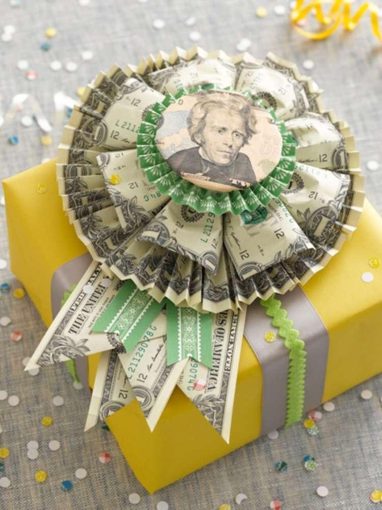 fun money gift ideas- money rossette as bow for present
