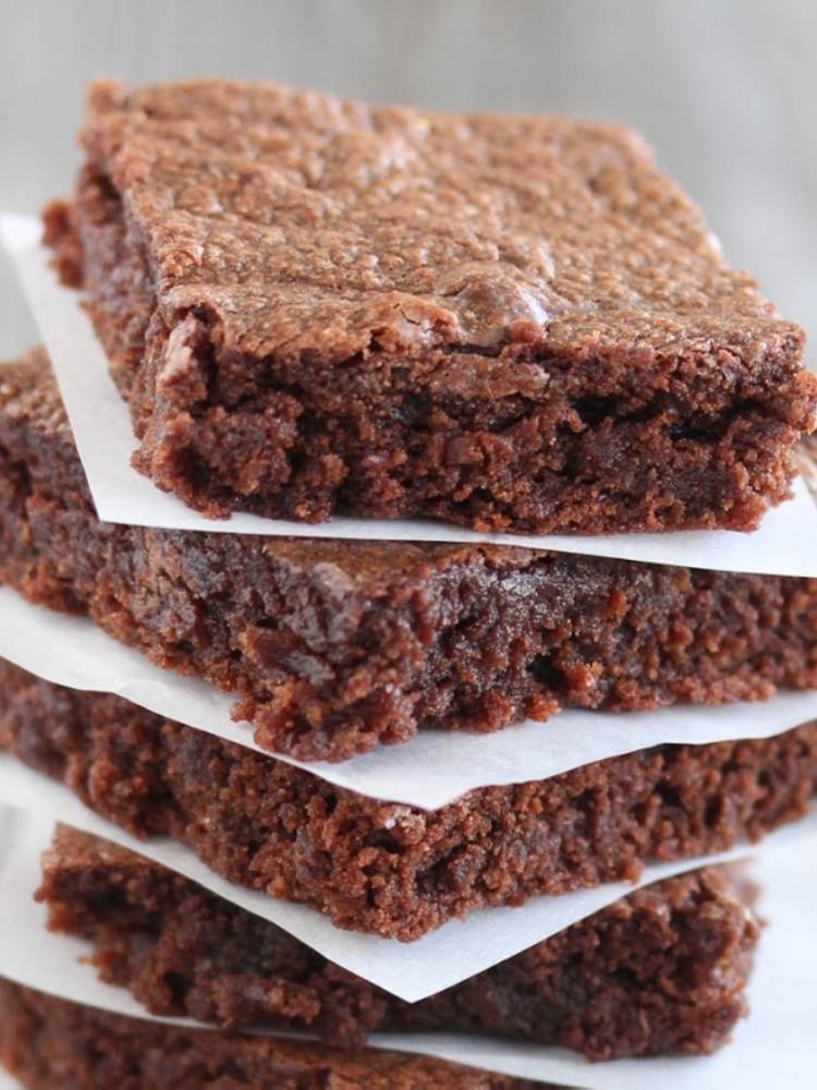 snack ideas for lazy parents- picture of nutella brownies