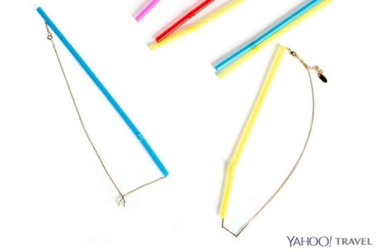 Travel hacks, straws to prevent necklaces from tangling in luggage