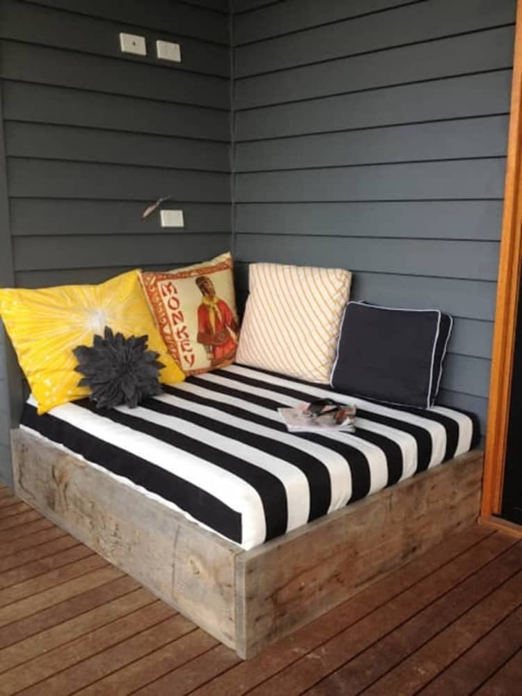 Backyard DIY Ideas - daybed for your deck