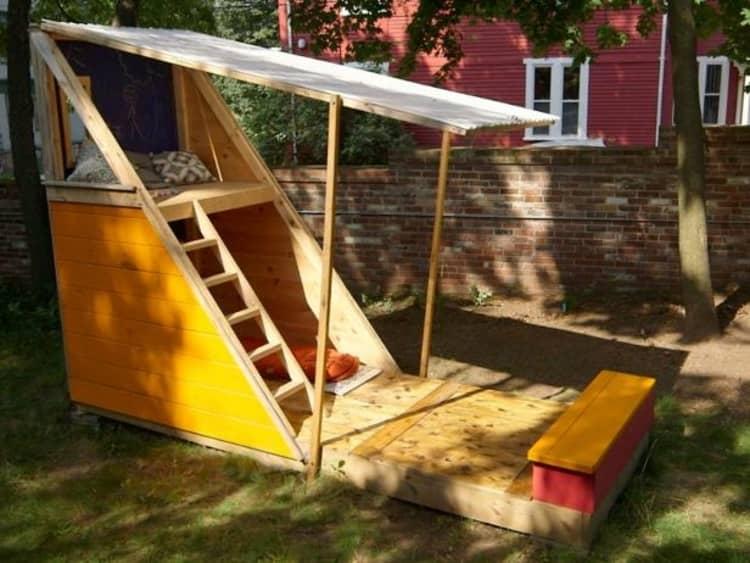 Backyard DIY Ideas - funky playhouse
