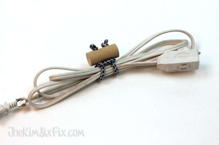 Wine Cork Crafts DIY Bungee Cord Ties