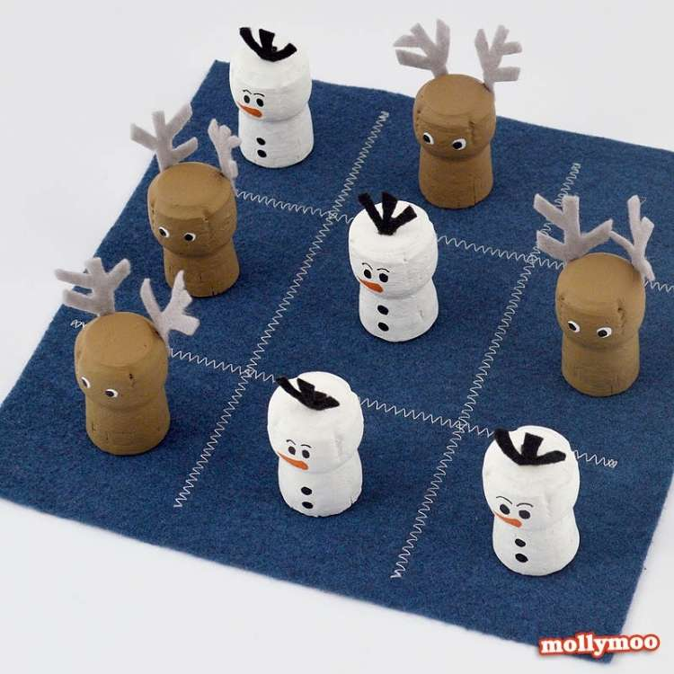 Wine Cork Crafts DIY Tic Tac Toe Game for Kids